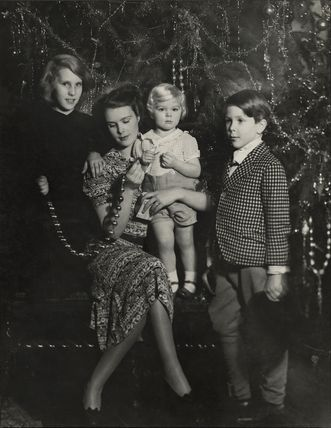 Anne, Countess of Rosse with her children