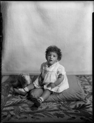 Grania Sybil Enid (née Wingfield), Lady Langrishe