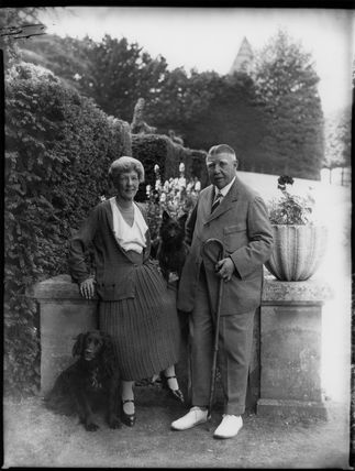 Beatrice Caroline (née Beaumont), Lady Marling; Sir Percival Scrope Marling, 3rd Bt