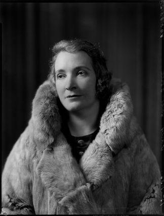 Mary Bridges (née Lee), Lady Stott