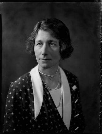 Julia Dorothy (née Cornwallis), Lady Cochrane
