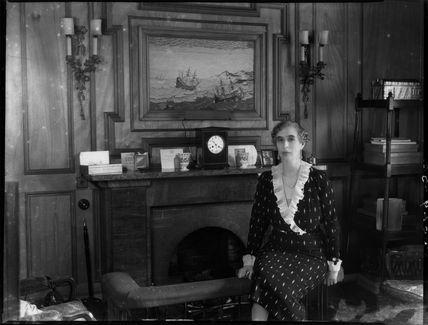 Lady (Helen) Cynthia Colville (née Crewe-Milnes)