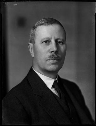 Francis Colin Minett