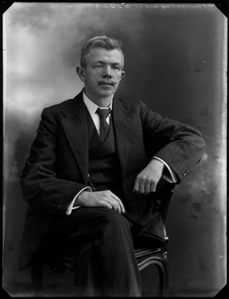 John Robert ('J.R.') Clynes