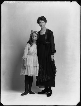 Hon. Judith Horatia Maud Messel (née Birdwood); Janetta Hope Gonville (née Bromhead), Lady Birdwood