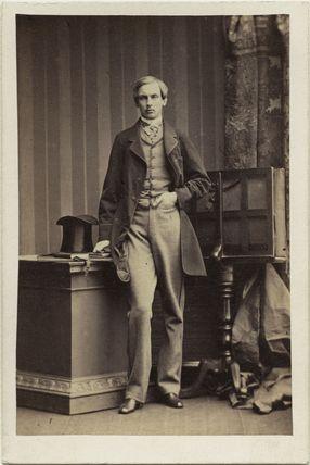Robert Philippe Louis Eugène Ferdinand d'Orléans, Duke of Chartres