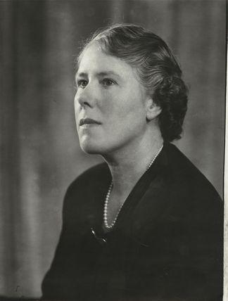 Mrs Robert Allan