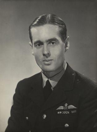 Leonard Cheshire, Baron Cheshire