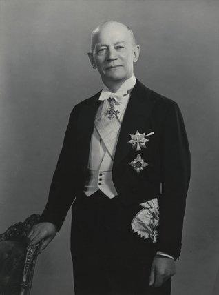 Sir (F. ) Michael Kroyer-Kielberg