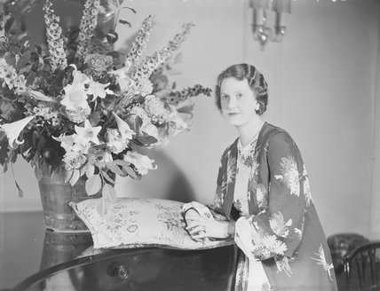 Gwendolen Jane (née Armstrong-Jones), Lady Buckley