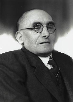 Sir Frederick Messer