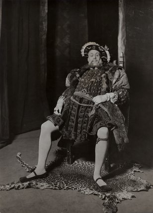 Wilfred Walter as Henry VIII at the Old Vic