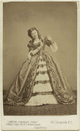 Henrietta Simms as Helen in 'The Hunchback'