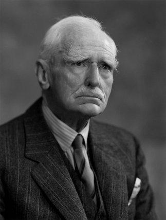 Sir Arthur Mordaunt Mills