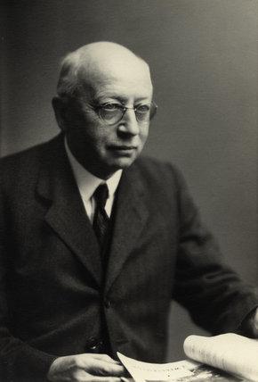 Sir Alfred Eckhard Zimmern
