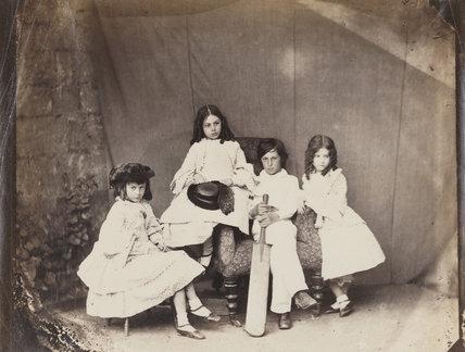 Alice Liddell, Ina Liddell, Harry Liddell, María Edith Liddell