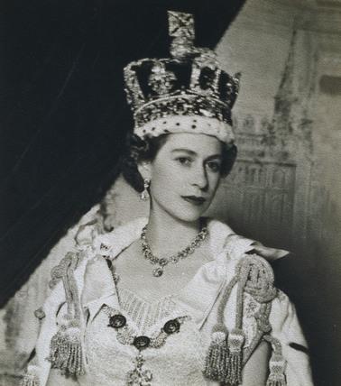 queen elizabeth ii in coronation robes memoryprints