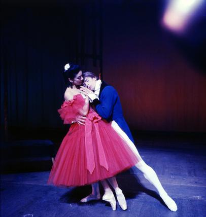Rudolf Nureyev and Margot Fonteyn in Frederick Ashton's Marguerite and Armand