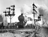 Castle clas 4-6-0 locomotive, No 5082