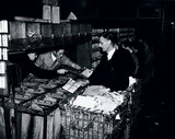 Sorting out Christmas air mail for the British Empire, 30 November 1938.