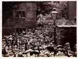 Large crowd, 1905.
