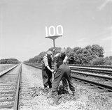 100 mph sign, 1964