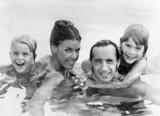 Jackie Stewart with wife and children, September 1973.