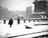 Snowy Trafalgar Square, London, 21 December 1938.