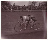 Tandem racers, 1937