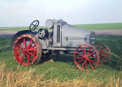 International Harvester 'Junior' tractor, 1921.