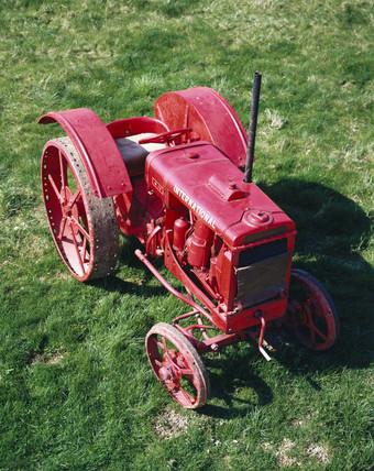 International Harvester W-12 tractor, 1935.