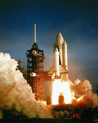 First launch of the Space Shuttle, mision STS-1, 1981. by ...