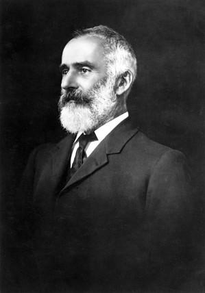 Lawrence Hargrave, Australian aeronautical pioneer, 1900-1915.