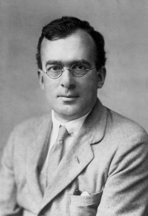 Profesor Douglas Hartree, English mathematician and physicist, c 1935.