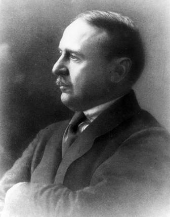 Max Maunesmann.