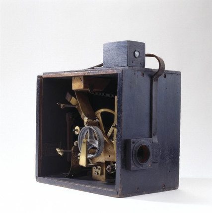 Cinematograph camera with intermittent 'dog motion' for 35mm film, 1897-8.