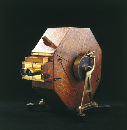 Stereoscopic spark drum camera, French, 1903.