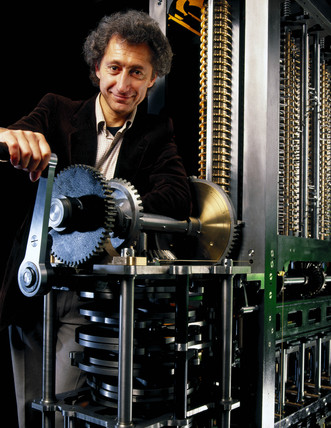 Doron Swade operating Babbage's Difference Engine No 2, 2000.