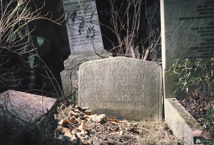 Headstone of Alexander Graham Bell, London, 1996.