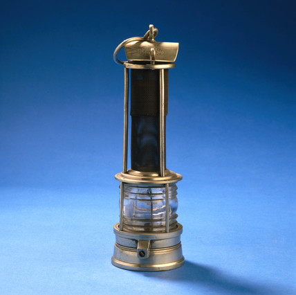 Clanny safety lamp, 1869-1874.