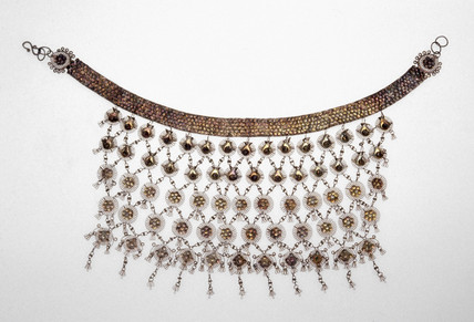Silver necklace, Indian, 1850-1925.