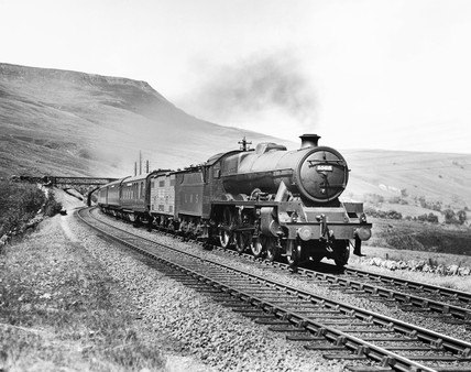 London, Midland and Scottish Railway 4-6-0 Jubilee class steam locomotive No 5568 'Western Australia'