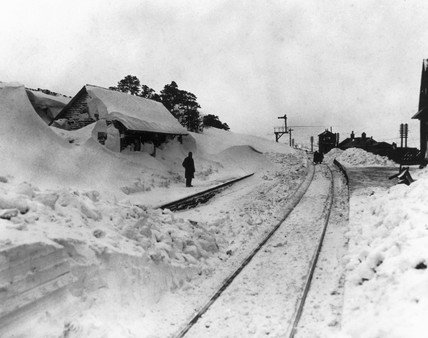 Snow at Dent Station, February 1947.