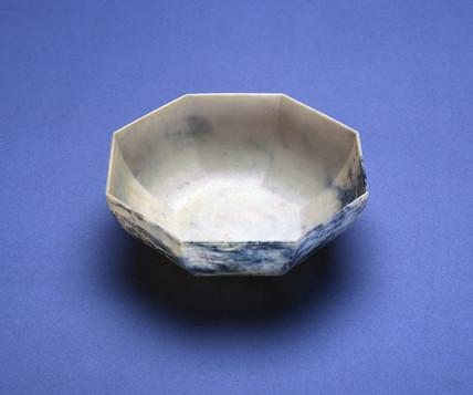 Hexagonal Bandalasta Ware bowl , c 1926.
