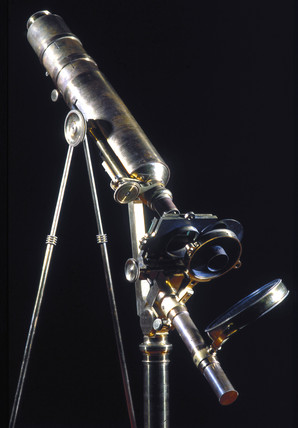 The first achromatic microscope, 1826.