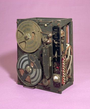 Tonschreiber tape recorder, German, c 1940.