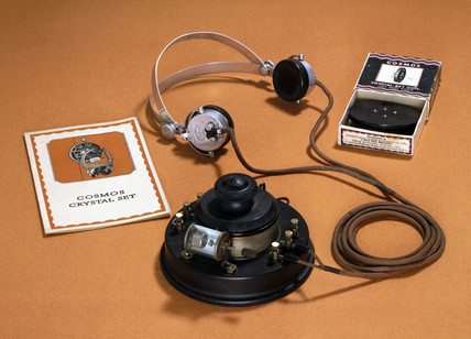 Cosmos crystal radio set, c 1925.
