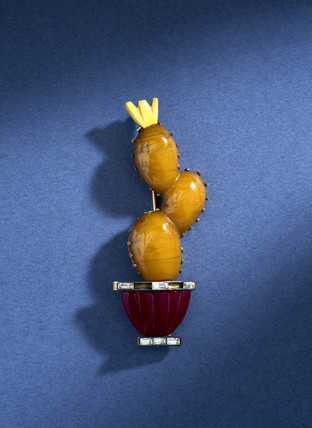 Imitation amber brooch, 1940s.