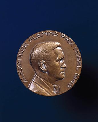 'Alexander Fleming Prix Nobel 1945'.