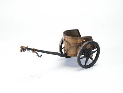 Roman chariot, c 200 BC.